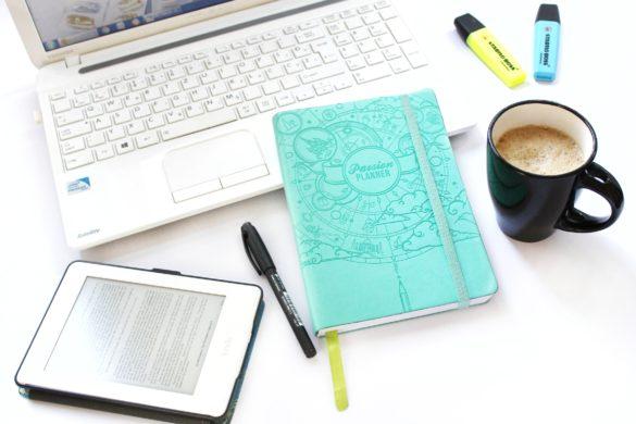 rad na sebi, laptop, pisanje, edukacija